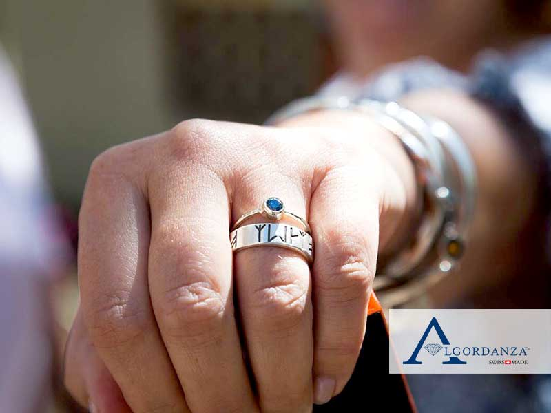 Ash Diamond in White Gold Ring Algordanza UK