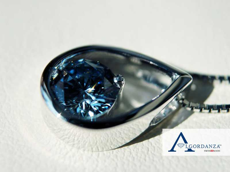 Ash Diamond in Teardrop Pendant Algordanza UK
