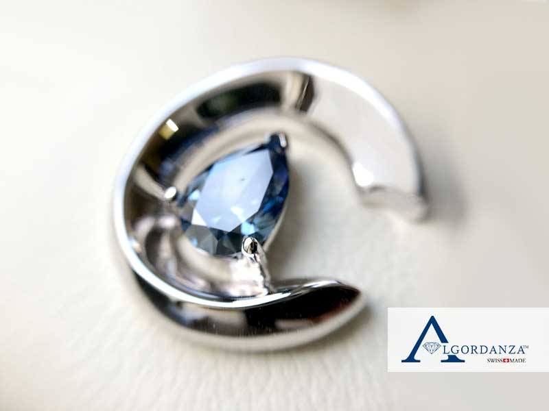 Ash Diamond in Moon Pendant Algordanza UK